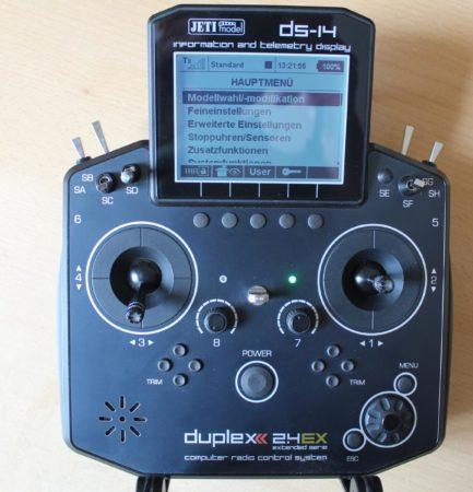 Verkaufe: Fernsteuerung Hand Sender Jeti DS 14 – Schwarz